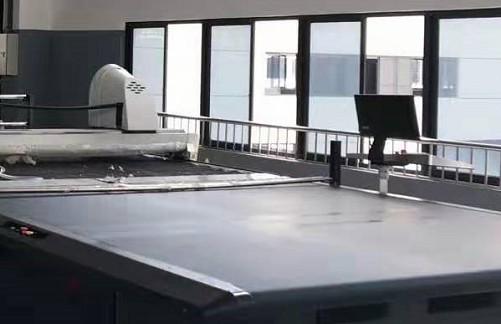拉布机与全自动电脑裁床的后期保养.jpg